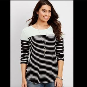 Maurices 24/7 Colorblock Striped Tee Sz L
